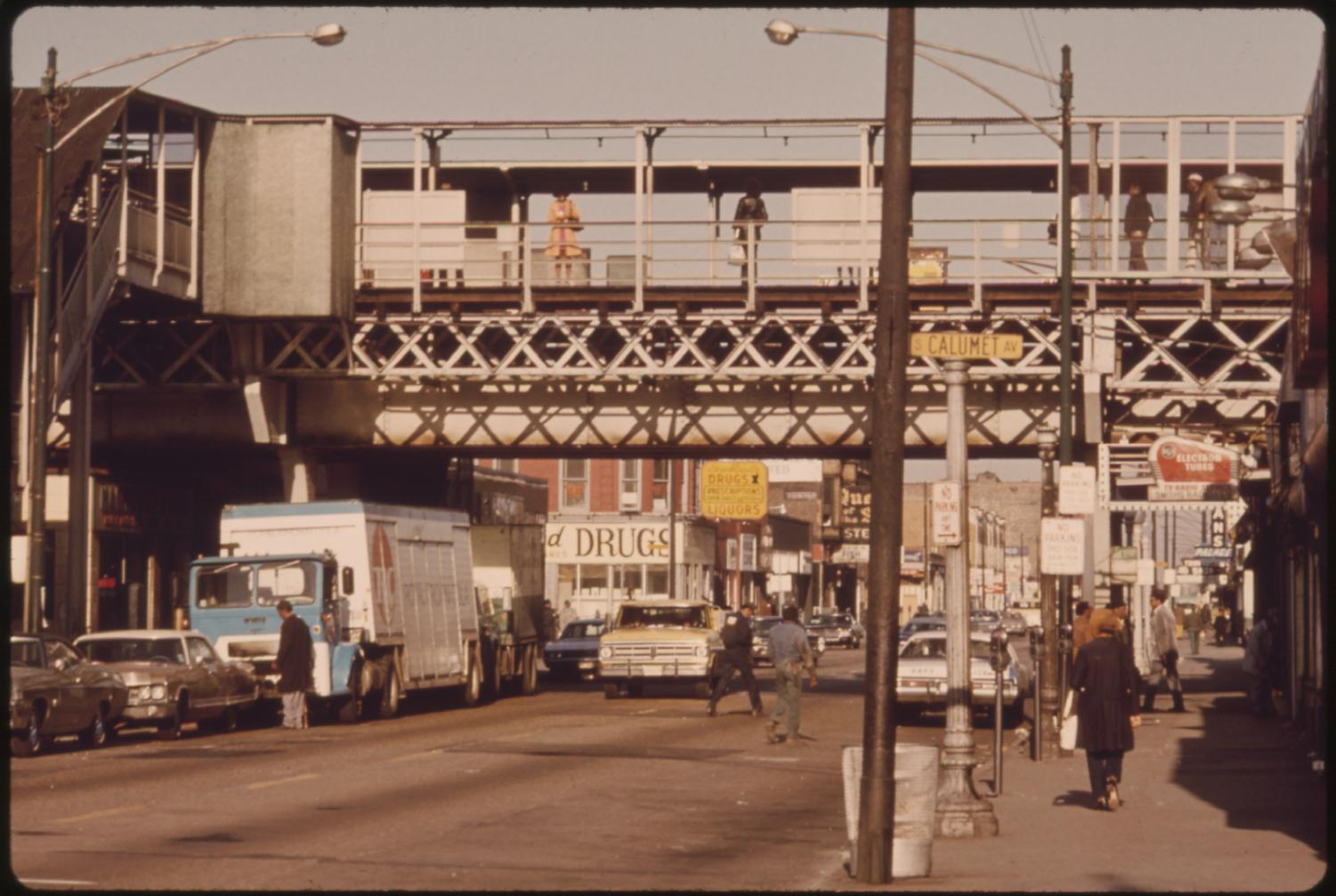 63rd Street El, 1973. This file was provided to Wikimedia Commons by the National Archives and Records Administration as part of a cooperation project.