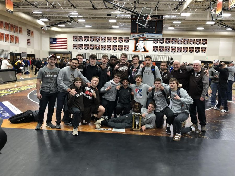The+Varsity+wrestling+team+won+the+2019+Cheesehead+Invitational.