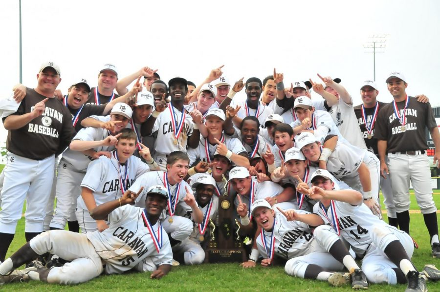 The+cancellation+of+all+spring+sports+means+this+year%27s+seniors+won%27t+have+an+opportunity+like+the++2013+Caravan+baseball+team+to+pursue+an+IHSA+championship.