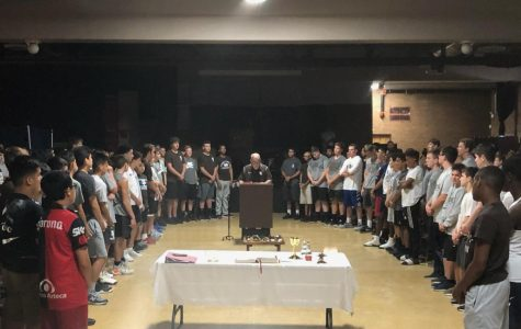 Class of '23 receive scapulars at frosh overnight