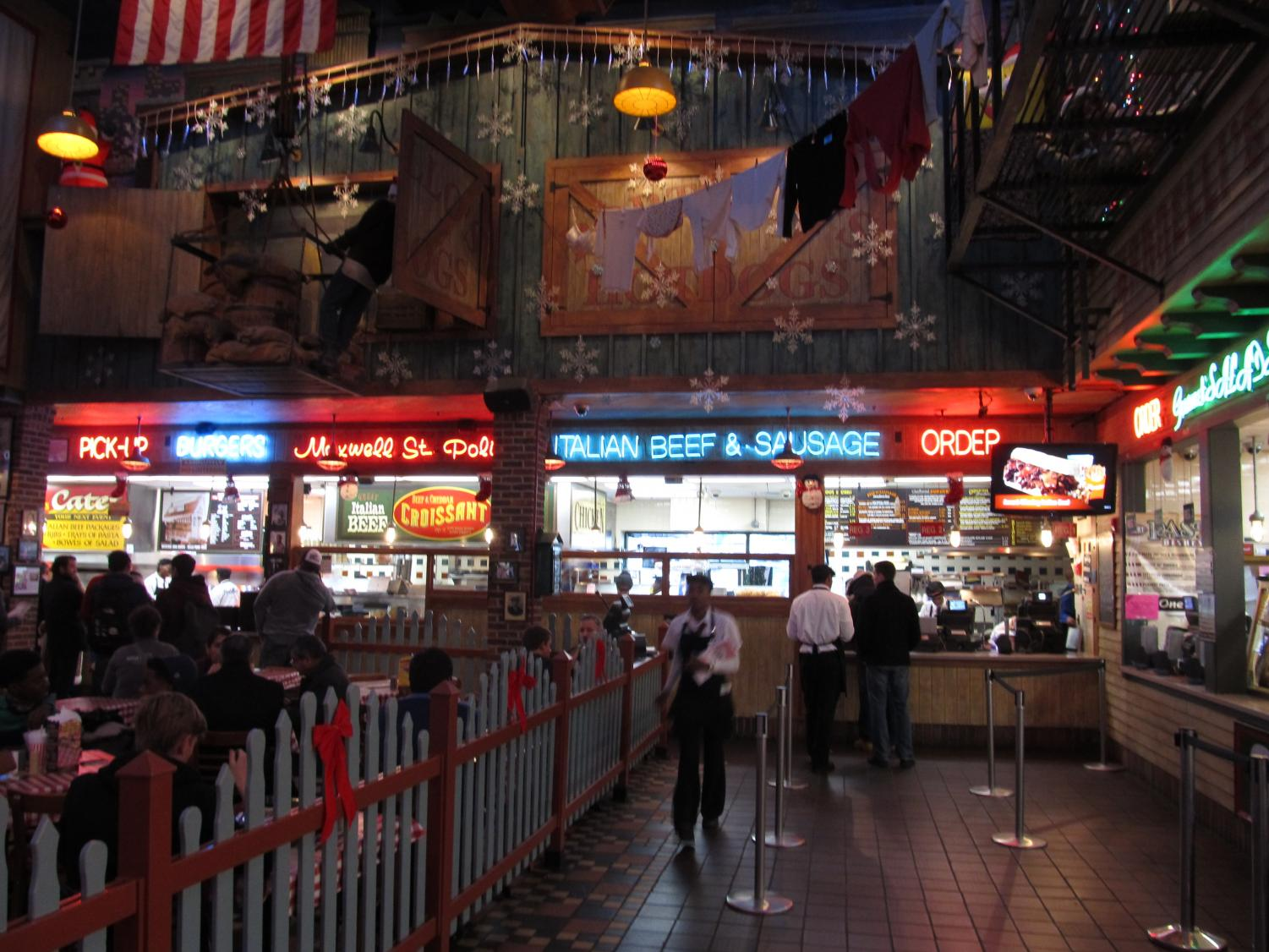 Portillo's restaurant offers a variety of great menu options, and a relaxed dining atmosphere.