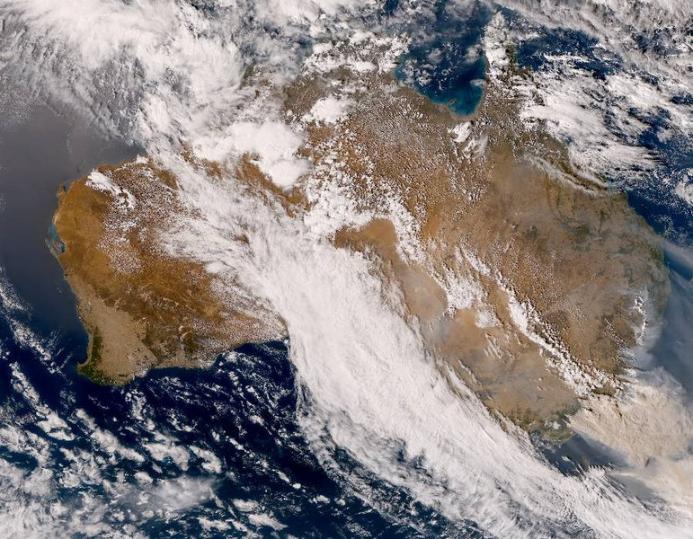 A+recent+satellite+image+of+Australia+shows+the+extent+of+this+summers+bushfires+%28photo+credit%3A+via+Wikimedia+commons+under+Creative+Commons+license%29